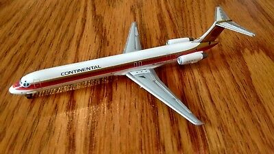 Jet-X Continental MD-82 in 1/400 Scale Limited to 750 JX099
