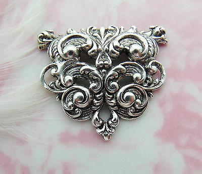 ANTIQUE SILVER Flourish Scroll Stamping ~ Jewelry Oxidized Finding (FA-6062)