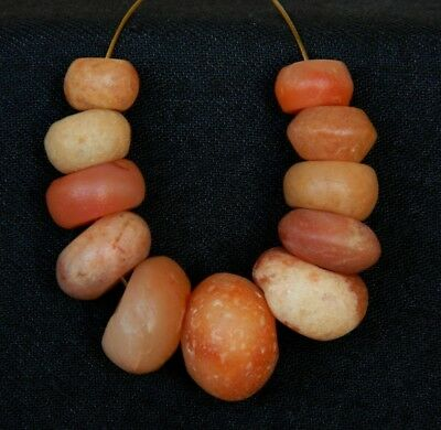 KYRA MINT - 11 ANCIENT Quartz BEADS - 85 mm long - Neolithic AGE - Sahara