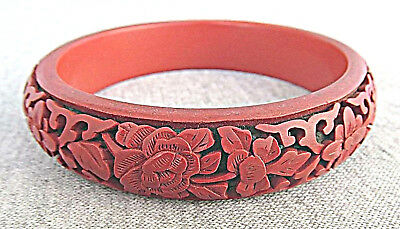 China Antique Chinese Carved Cinnabar Red Lacquer Bangle Bracelet