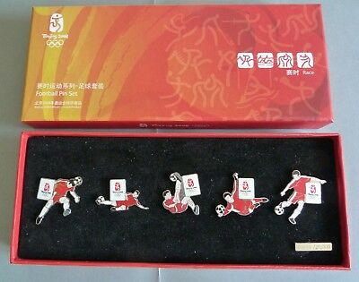 Coffret 5 Pin's Football Pin Set Jeux Olympiques Beijing 2008 Numerote
