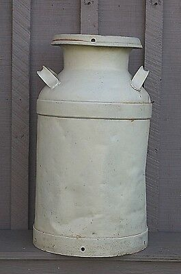 Old Vintage Rustic Primitive 10 Gallon Dairy Farm Milk Cream Can Metal Container