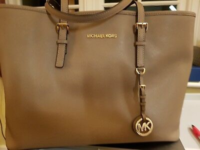949f5d9fa9b3 Michael Kors Genuine Jet Set Travel Leather Tote Dark Dune Taupe - Hardly  Used