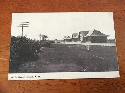 Postcard Minot, North Dakota. G.N. Depot. Posted 1911. Railroad