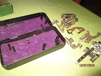 SINGER METAL BOX & MIXED SEWING MACHINE FEET-AS IS.See PHOTOS.