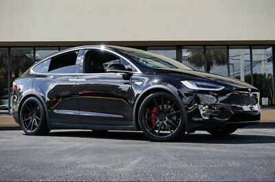 "2016 Tesla Model X P90D Signature Edition '16 Tesla Model X P90D Signature Edt. 22"" Blk Wheels,Prem Pkg,6 Seat,High Amp Ch"