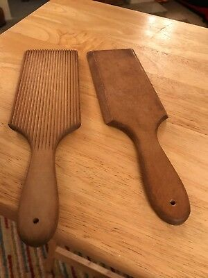 Pair Of Vintage Antique Wood Ribbed Dairy Farmhouse Kitchen Butter Pats Paddles