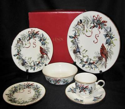 Lenox WINTER GREETINGS 5 Piece Setting Plates Cup Saucer + Bonus Bowl 6 Pc Total