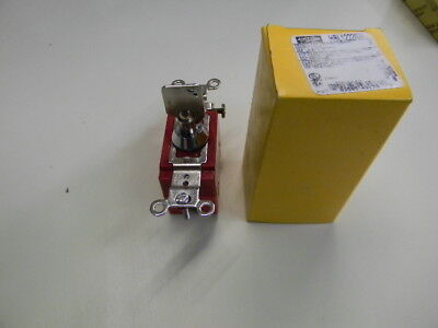 Barrel key locking switch hubbell HBL1222RKL   These are brand new commercial gr