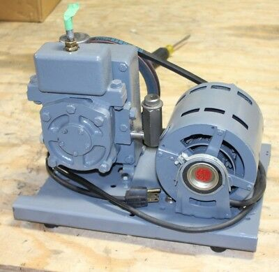 Welch 1400 Duo-Seal Two Stage Vacuum Pump EXCELENT