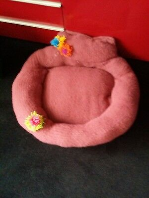Cat Or small Dog Bed ...handmade... washable
