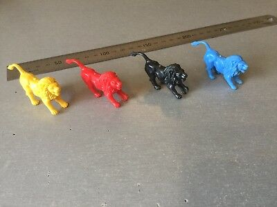Unknown Cereal Toys Lions Set Of Four Different Colours
