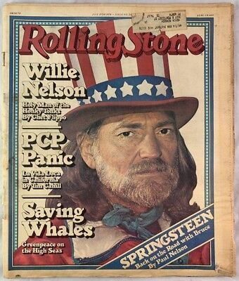 ROLLING STONE MAGAZINE, Willie Nelson The Weed Issue May