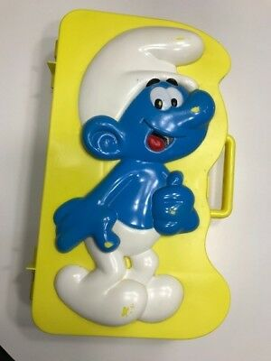 VINTAGE 1983 SMURF CARRY COLLECTOR CASE FOR FIGURINES + 5 Figures Included