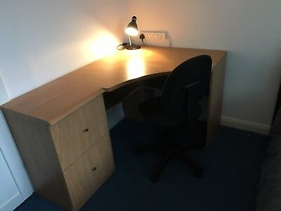 Computer Desk Matching Filing Cabinet And Office Chair/desk Lamp