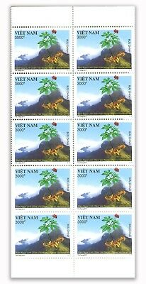 Vietnam 2017 Ginseng Stamps Booklet of 10 Values Mint Unhinged MUH