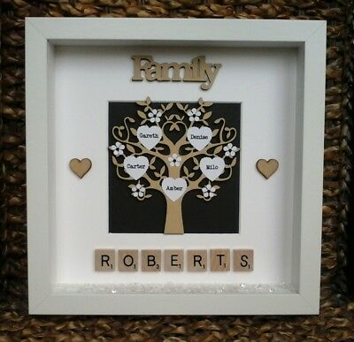 (a) Plastic/Wood Scrabble Art Picture Frame Daisy Tree Any Occasion Personalised