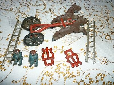 VINTAGE METAL TOY  WITH TWO HORSES FIREMAN  Horses and ladders two other items