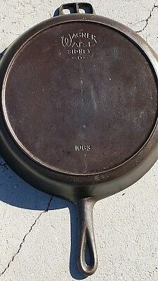 Wagner Ware #13 Cast Iron Skillet Stylized Logo Heat Ring 1924 Read description
