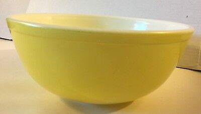 """Vintage Pyrex Mixing Bowl Large Primary Yellow Solid 10"""" Made In USA *B136"""