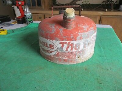 Vintage 2 Gallon Eagle The Gasser Gas Can Usable Condition   Lot 18-84-3-A