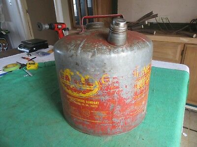 Vintage 5 Gallon Eagle Oil Gas Can Usable Condition   Lot 18-84-3-E