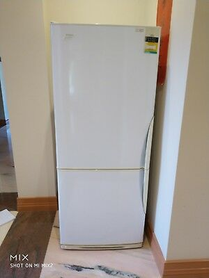 WESTINGHOUSE BJ424T-L refrigerator used