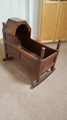 Antique Oak Babies Crib / Cot