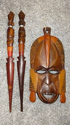 Hand Carved Wall Hanging Wooden African Mask & Male/female Spears - Fit In Back!