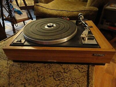 Vintage Rotel Turntable Model Rp-1100Q Powers Up