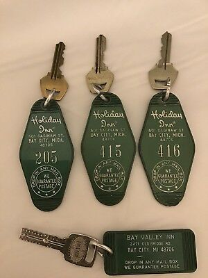 4 Vintage Bay City Michigan Hotel Room Keys & Fobs Holiday Inn & Bay Valley Inn