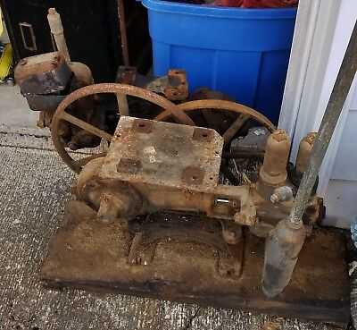 PAIR of ANTIQUE/VINTAGE F.E.MYERS WATER PUMP Cast Iron hit & miss greenhouse