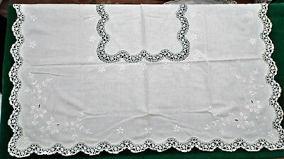 Linen/lace Tablecloth/unused
