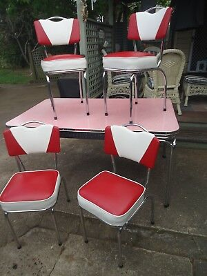 Vintage Deco Kitchen Table With Chairs