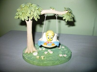 Rare 1997 Warner Bros.studio Store Baby Tweety Bird In Tree Swing-Excellent Cond