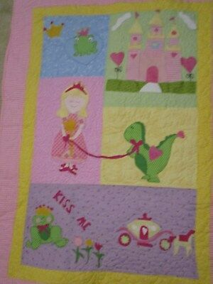 "Homemade machine quilted and appliqued girl Princess quilt New 32"" X 43"""