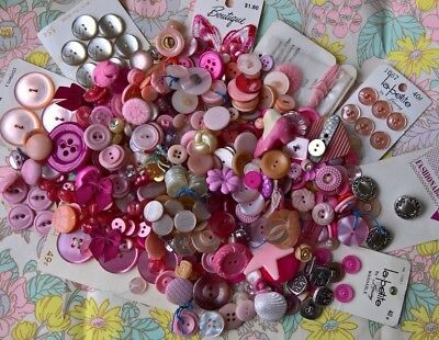 200+ Vtg & Mdn Pink Was the Theme Buttons all VG/EX butterfly patch puppet foot