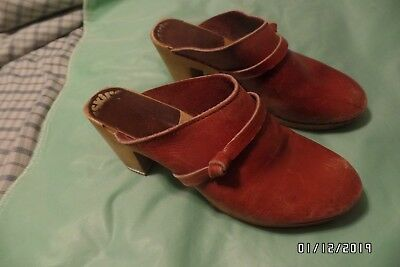 Vintage 1970's Eskil's Clog Shop High Heel Clogs