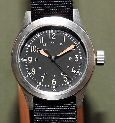 US Air Force USAF Korea MWC F-86 SABRE FIGHTER PILOT A-17 AUTOMATIC WRIST WATCH