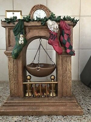 "EUC Yankee Candle 11"" Christmas FIREPLACE MANTLE w/ Hanging Wax Tart Warmer"