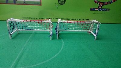 Subbuteo  Goals set N  with multi coloured netting in excellent Condition -