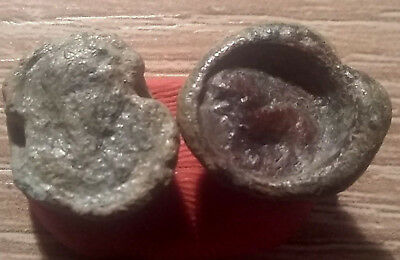 Lot of 2 original ROMAN lead seals Artifacts hippocampus LION emperor bust