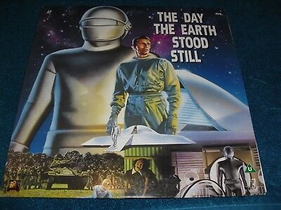 "Laser Disc ""The Day The Earth Stood Still "" Stars Michael Rennie , Patricia Neal"