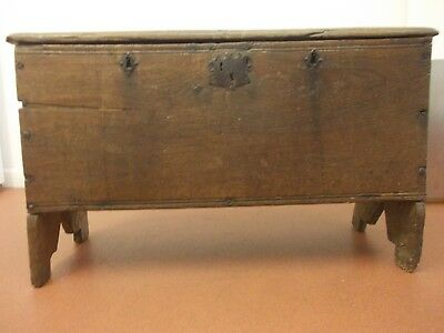 EARLY english 3 LOCK coffer ANTIQUE PLANK sabre chest 17th century OAK BOX