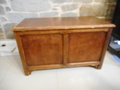 Vintage Large Wood Bedding / Blanket / Chest / Box With Lift Out Shelf