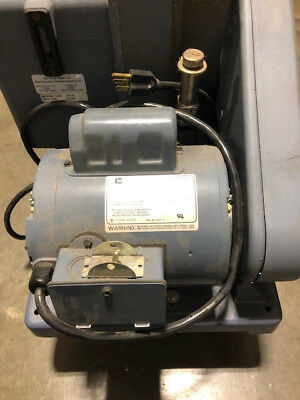 Welch 1376 Duo seal Vacuum pump