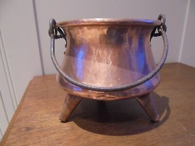 Small vintage French copper planter cauldron, 3 copper feet, iron hanging handle