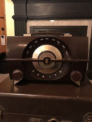 Vintage Retro ZENITH AM long distance tub radio Brown Bakelite J615Y WORKS""