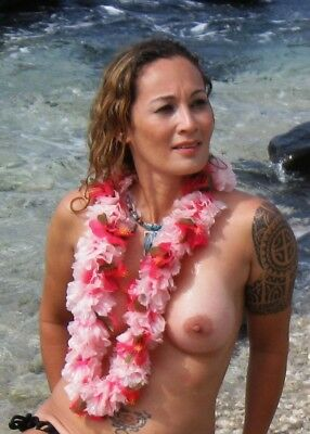 "(3) Photos -5"" X 7"" -""French"" -Kat #2 Exotic - At Public Beach Maui -USA - JAE47"