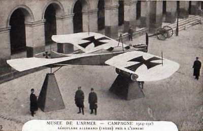 Cpa Animee - Campagne 1914/15 -Musee De L'armee Aeroplane Allemand Taube